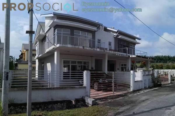 For Sale Semi-Detached at Bandar Sri Putra, Bandar Seri Putra Freehold Unfurnished 4R/3B 800k
