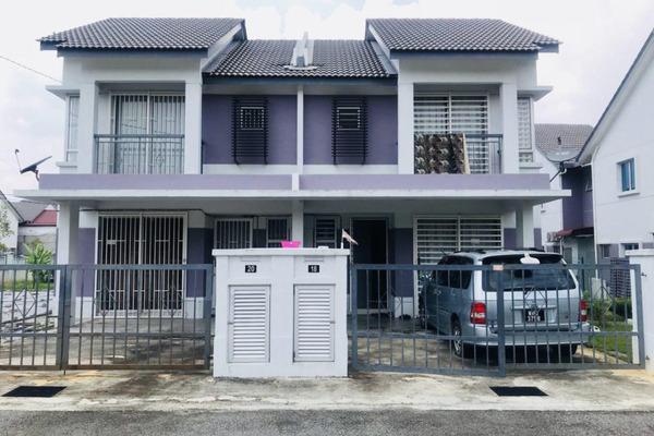For Sale Semi-Detached at Nusa Suria, Puncak Alam Leasehold Semi Furnished 4R/3B 420k