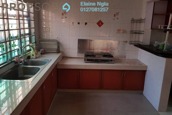 For Sale Terrace at Taman Desa Mewah, Semenyih Freehold Semi Furnished 4R/3B 498k