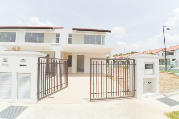 For Sale Terrace at Rimbun, Bandar Kinrara Freehold Unfurnished 4R/3B 1.4m