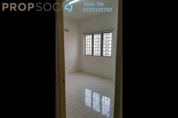 For Sale Apartment at Bougainvilla, Segambut Freehold Unfurnished 3R/2B 350k