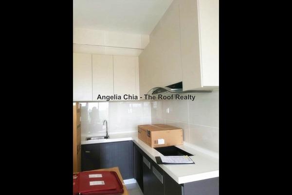 For Sale Condominium at Country Garden Danga Bay, Danga Bay  Semi Furnished 2R/1B 650k