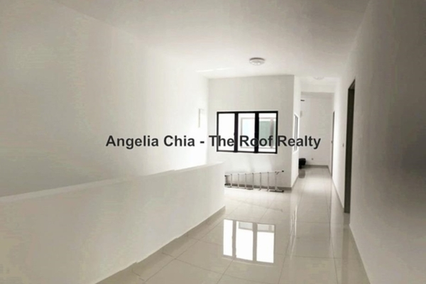 For Sale Terrace at The Green, Horizon Hills Freehold Semi Furnished 4R/5B 1.4m