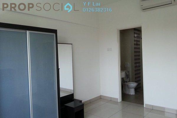 For Sale Condominium at Hijauan Puteri, Bandar Puteri Puchong Freehold Semi Furnished 3R/2B 427k