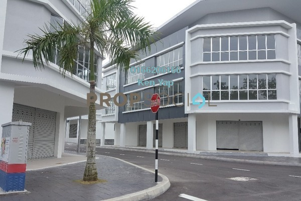 For Rent Shop at Bandar Puteri Bangi, Kajang Freehold Unfurnished 0R/2B 3k