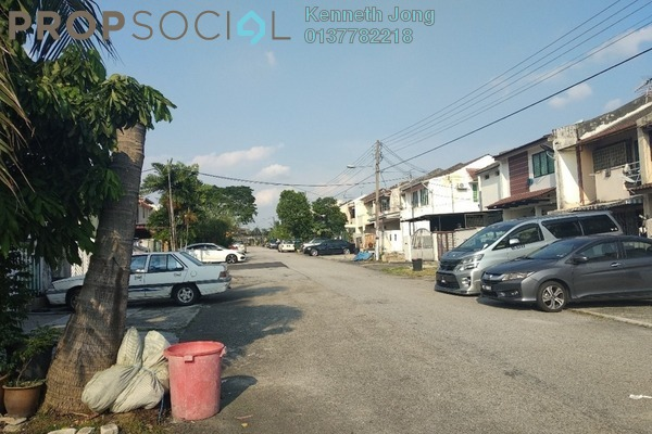 For Sale Terrace at SS19, Subang Jaya Freehold Semi Furnished 2R/2B 449k