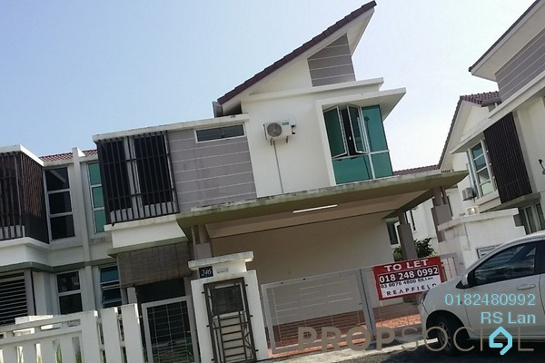 For Rent Semi-Detached at Rembulan, Bandar Enstek Freehold Semi Furnished 4R/4B 2.6k