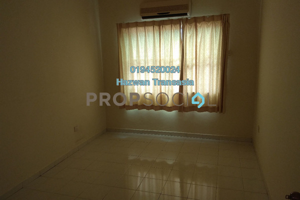 For Sale Apartment at Central Park, Seremban 2 Freehold Semi Furnished 3R/2B 210k