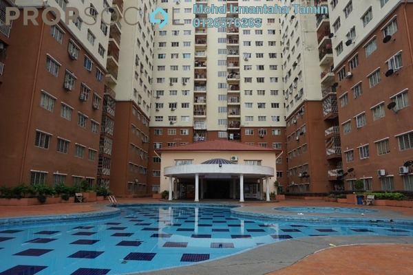 For Sale Condominium at Selesa i-Resort Apartment, Kajang Freehold Semi Furnished 3R/2B 315k