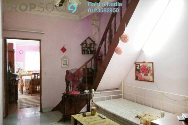 For Sale Terrace at Bandar Baru Sungai Buloh, Sungai Buloh Freehold Semi Furnished 3R/2B 460k