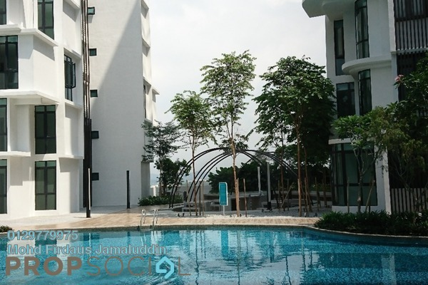For Sale Serviced Residence at H2O Residences, Ara Damansara Freehold Semi Furnished 4R/2B 630k