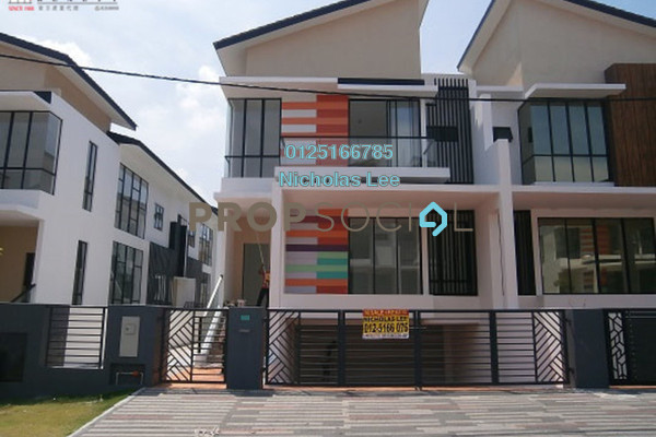 For Sale Semi-Detached at Ipoh South Precinct, Ipoh Freehold Unfurnished 6R/5B 698k
