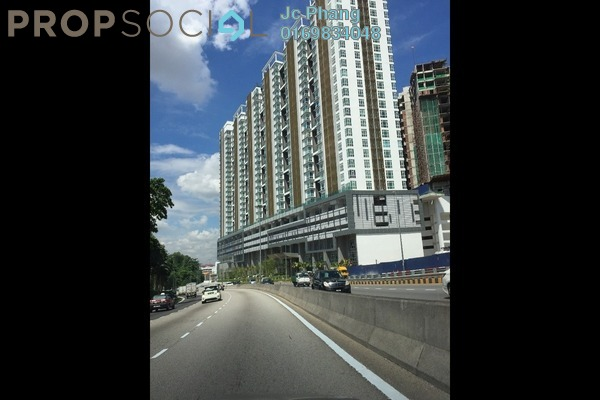 For Sale Serviced Residence at Central Residence, Sungai Besi Freehold Semi Furnished 2R/1B 360k