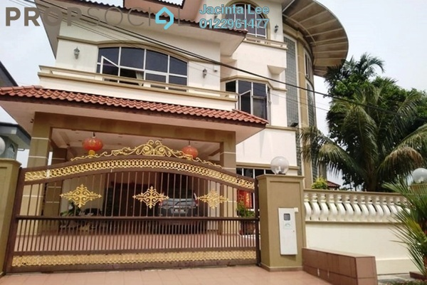 For Sale Bungalow at Taman Villa Heights 1, Kajang Freehold Semi Furnished 7R/7B 1.51m