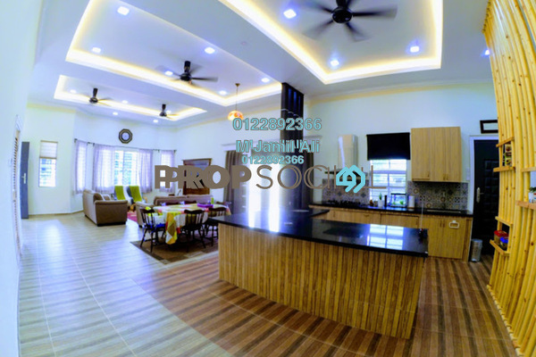 For Sale Bungalow at Laman Jasmin, Kota Seriemas Freehold Semi Furnished 3R/3B 1.4m