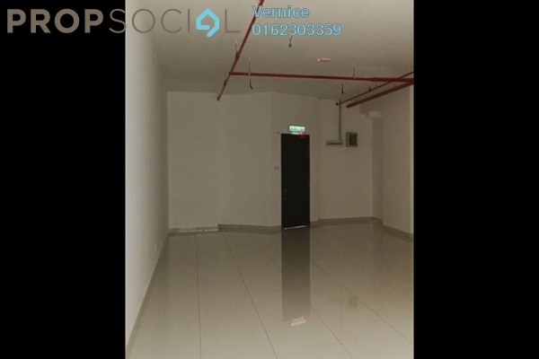 For Sale SoHo/Studio at 3 Towers, Ampang Hilir Freehold Semi Furnished 0R/1B 880k
