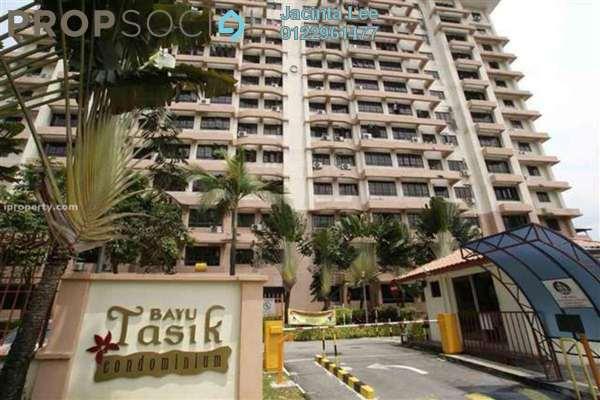 For Sale Condominium at Bayu Tasik 1, Bandar Sri Permaisuri Freehold Semi Furnished 3R/2B 335k