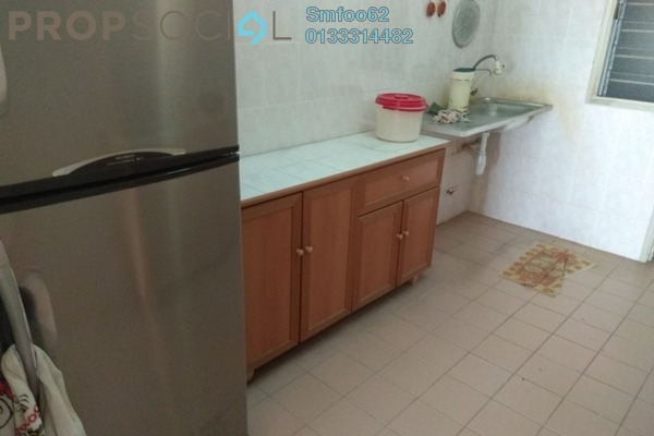 For Rent Condominium at Main Place Residence, UEP Subang Jaya Freehold Semi Furnished 3R/2B 1.8k