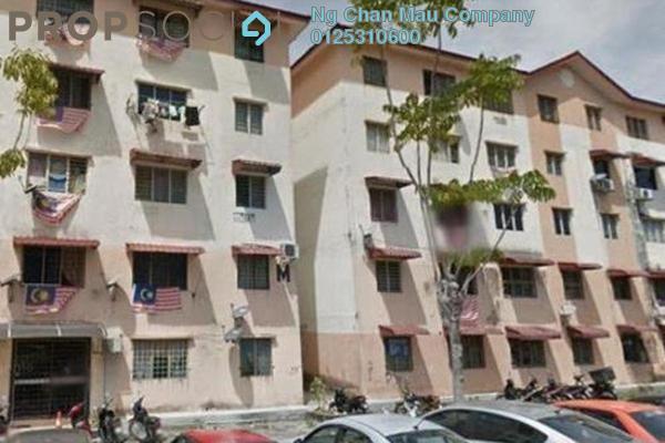 For Sale Apartment at Idaman Apartment, Damansara Damai Leasehold Semi Furnished 0R/0B 85k