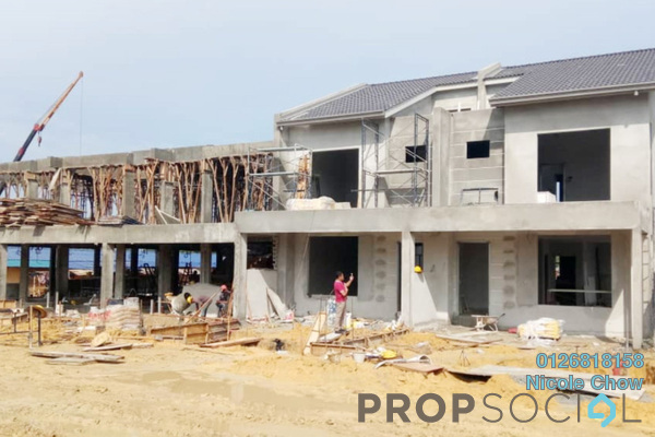 For Sale Terrace at Brogania Terrace Homes, Semenyih Freehold Unfurnished 4R/3B 507k