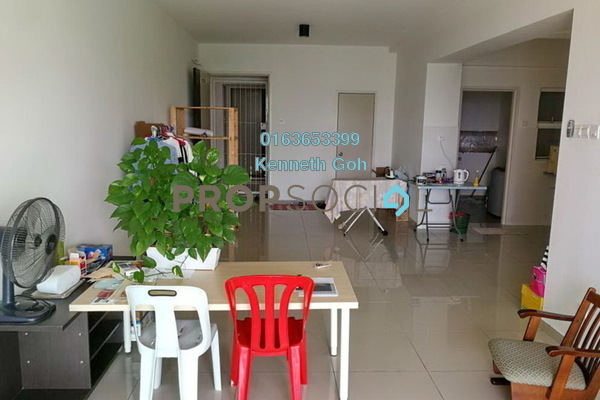 For Sale Condominium at The Zest, Bandar Kinrara Freehold Semi Furnished 3R/2B 560k