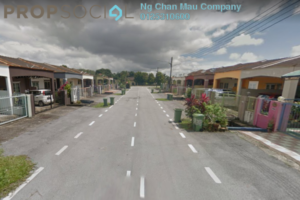 For Sale Semi-Detached at Taman Sepawie, Kuching Leasehold Semi Furnished 0R/0B 520k