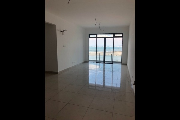 For Sale Condominium at Marinox Sky Villas, Seri Tanjung Pinang Freehold Unfurnished 4R/4B 1.18m