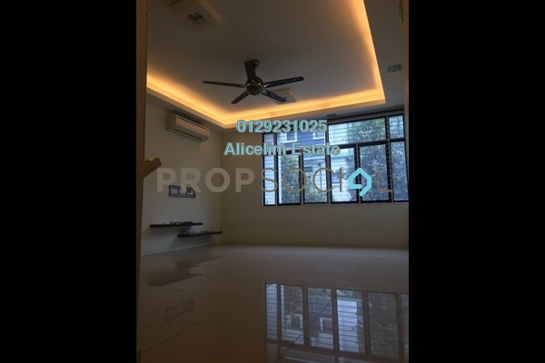 For Sale Townhouse at Park Villa, Bandar Bukit Puchong Freehold Semi Furnished 3R/2B 550k
