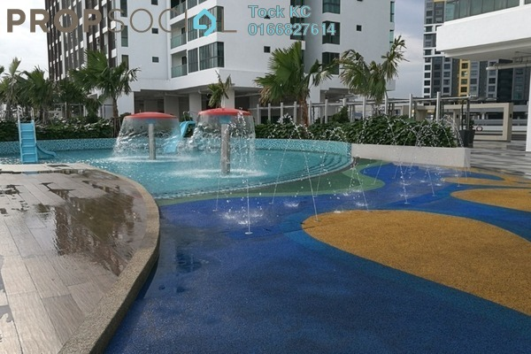 For Sale Serviced Residence at Amerin Mall & Residence, Balakong Freehold Semi Furnished 2R/2B 410k