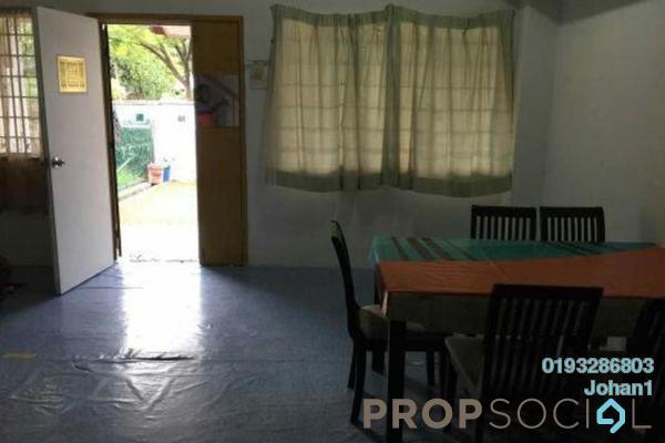 For Sale Terrace at Puchong Utama Court 1, Bandar Puchong Utama Freehold Semi Furnished 4R/3B 530k