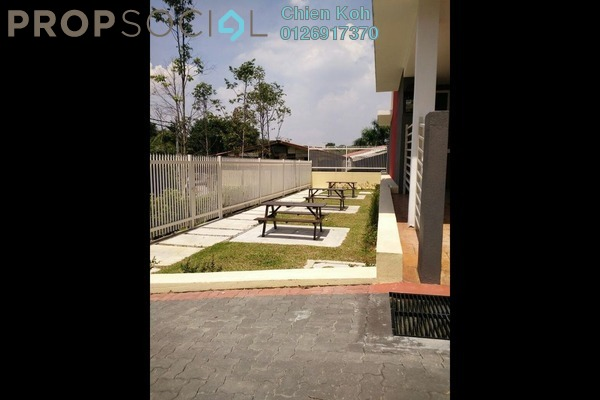 For Rent Townhouse at Kampung Kayu Ara, Bandar Utama Freehold Semi Furnished 4R/2B 2.5k