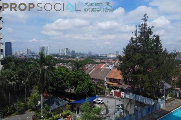 For Sale Condominium at Pinggiran Kiara, TTDI Freehold Semi Furnished 3R/2B 1.05m