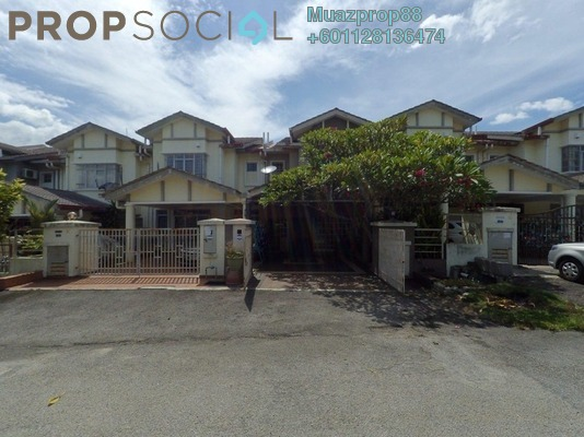 For Sale Terrace at Putra Tropika, Bandar Seri Putra Freehold Semi Furnished 5R/3B 540k
