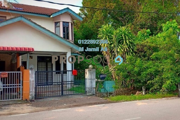 For Sale Terrace at Taman Yayasan, Segamat Leasehold Unfurnished 4R/3B 250k