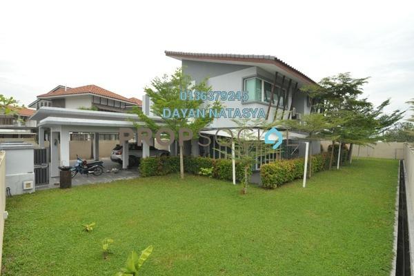 For Sale Bungalow at Banyan Close, Bandar Bukit Mahkota Freehold Semi Furnished 5R/5B 2.5m