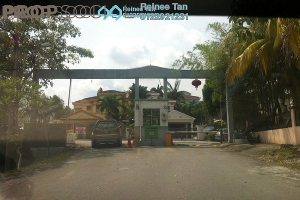 For Sale Semi-Detached at Taman Lestari Permai, Bandar Putra Permai Freehold Semi Furnished 4R/3B 950k