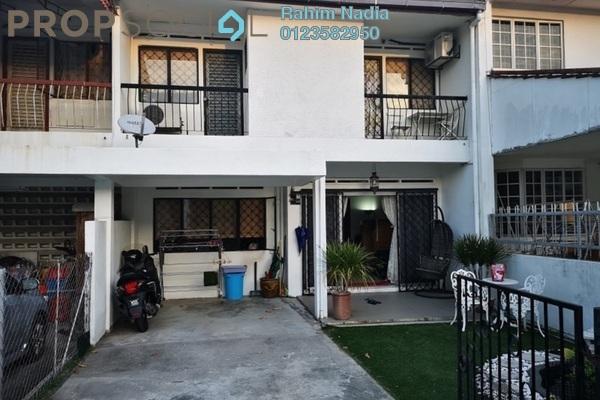 For Sale Terrace at SS2, Petaling Jaya Freehold Semi Furnished 5R/3B 998k