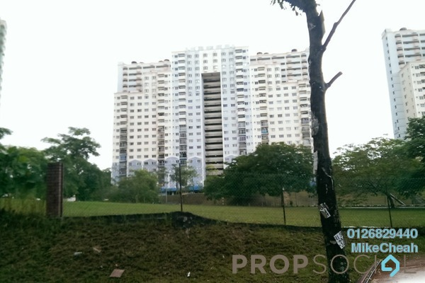 For Sale Condominium at Desaminium Rimba, Bandar Putra Permai Leasehold Unfurnished 5R/3B 360k