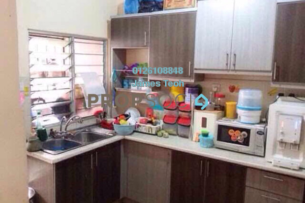 For Sale Terrace at Casa Bella, Bandar Bukit Raja Freehold Semi Furnished 4R/3B 530k