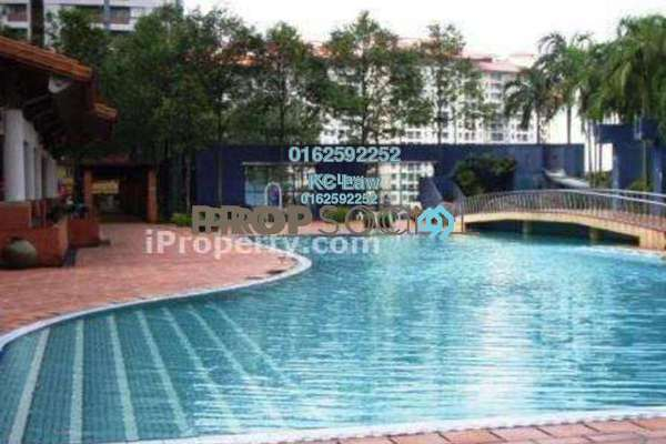 For Sale Condominium at Perdana Exclusive, Damansara Perdana Freehold Semi Furnished 1R/1B 260k