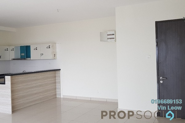 For Sale Serviced Residence at Maisson, Ara Damansara Freehold Semi Furnished 3R/2B 820k