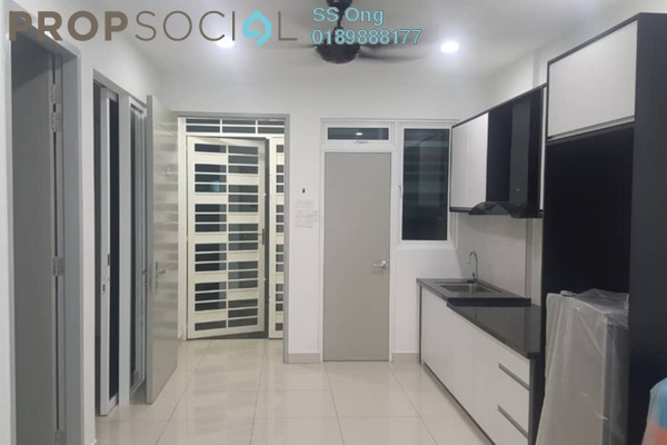 For Rent Condominium at Tropicana Bay Residences, Bayan Indah Freehold Semi Furnished 2R/1B 1.7k