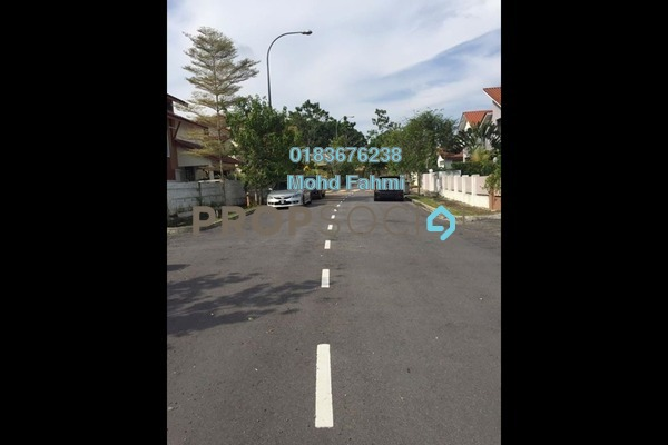 For Rent Bungalow at Jentayu, Bandar Enstek Freehold Semi Furnished 5R/4B 2k