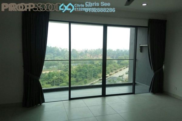 For Sale Condominium at Cristal Residence, Cyberjaya Freehold Semi Furnished 3R/2B 585k