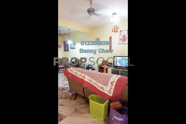 For Sale Terrace at Kampung Jawa, Shah Alam Freehold Semi Furnished 4R/3B 550k