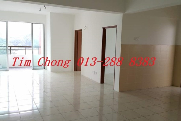 For Sale Apartment at Green Suria Apartment, Bandar Tun Hussein Onn Freehold Unfurnished 3R/2B 347k