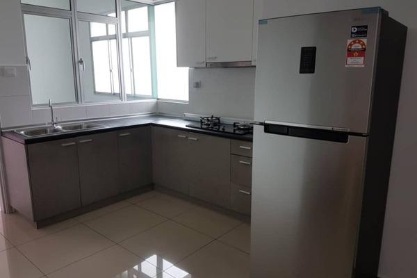 For Sale Condominium at Kiara Residence 2, Bukit Jalil Freehold Semi Furnished 3R/2B 620k