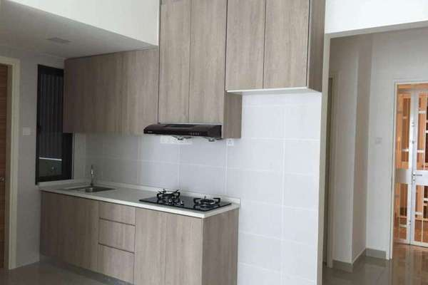For Rent Condominium at Pearl Suria, Old Klang Road Freehold Semi Furnished 2R/2B 2k