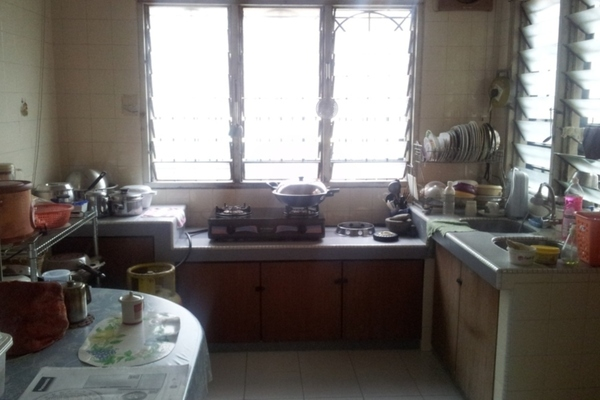 For Rent Terrace at Taman Megah, Cheras South Freehold Unfurnished 4R/3B 1.5k