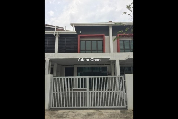 For Sale Terrace at Nobat, Bandar Bukit Raja  Semi Furnished 4R/3B 700k
